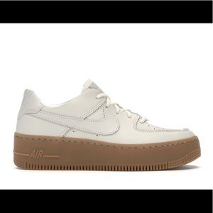 Nike Air Force 1 Sage Low LX Biege Gum Sz 7